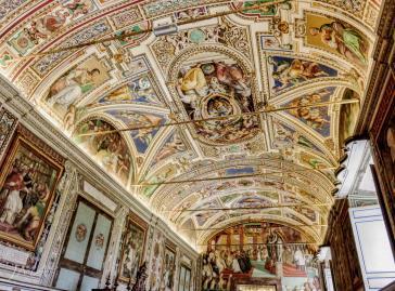 Musei Vaticani. Vatican Museums. Bibliotheca Vaticana.