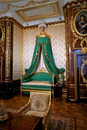 Warsaw royal castle. The king's bedroom.