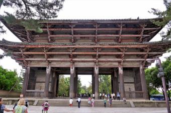 The Great Southern Gate to the Tōdai-ji temple complex in Nara, Japan