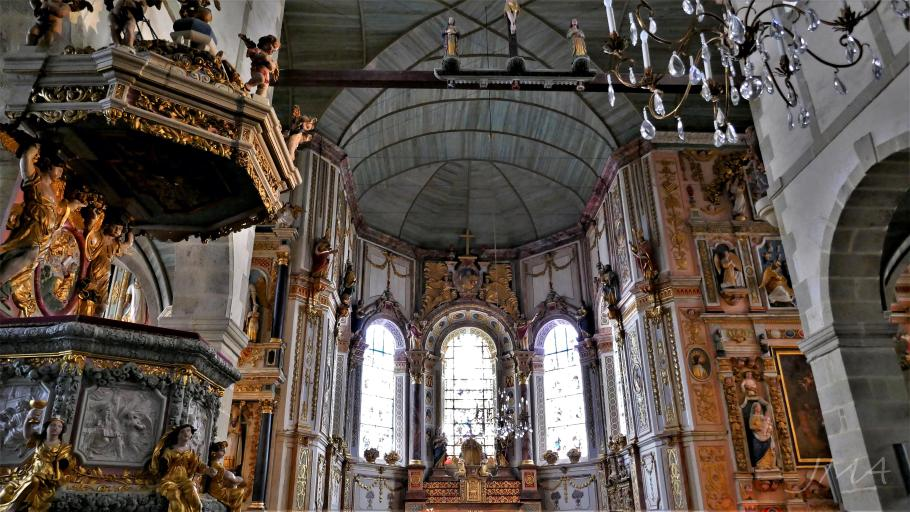 Traveling France. The inside of the Saint Thegonnec church. Look at the wooden ceiling.
