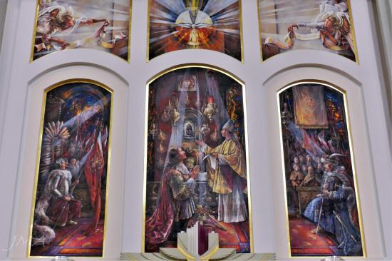 JMA_Lichen_Basilica_09