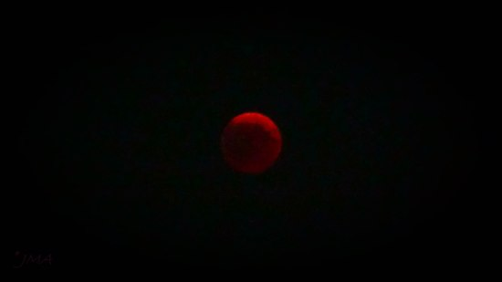 JMA_The_blood_moon_eclipse