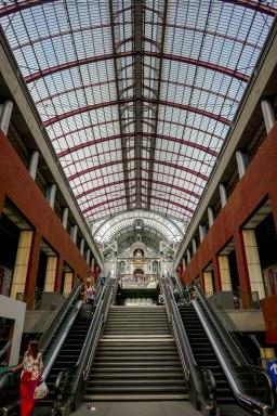 JMA_Antwerp_railway_station_03