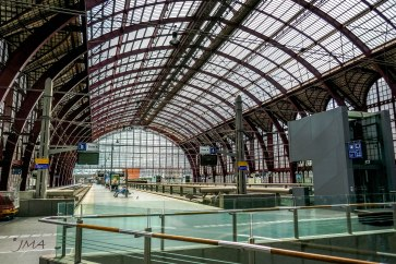 JMA_Antwerp_railway_station_04