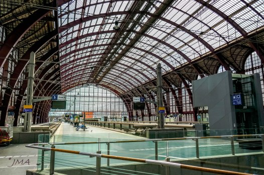 JMA_Antwerp_railway_station_04