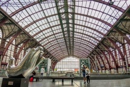 JMA_Antwerp_railway_station_06