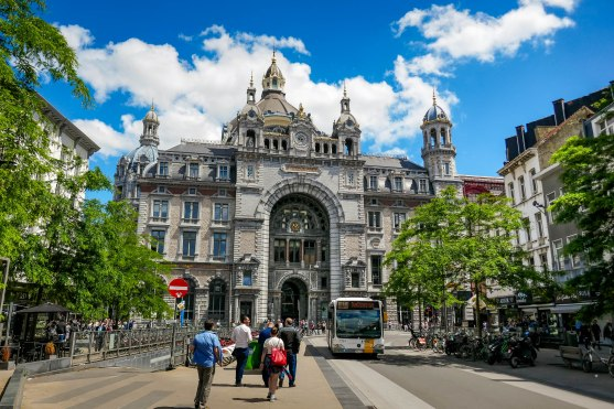 JMA_Antwerp_railway_station_13